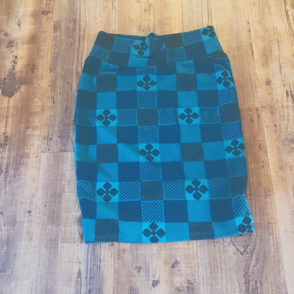 Greenish stretchy lularoe skirt